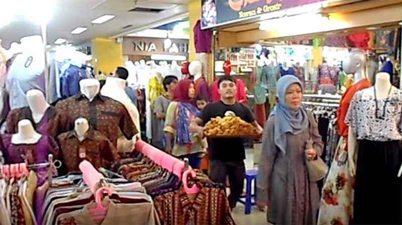 Pusat grosir kaos distro pasar baru bandung grosir kaos Baju gamis pasar baru bandung